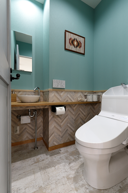 相模原・町田・八王子で自然素材の健康住宅を提供する相陽建設が施工したトイレ