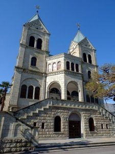 matsugamine_catholic_church_front_2013-01-30