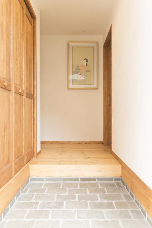 自然素材で施工した玄関