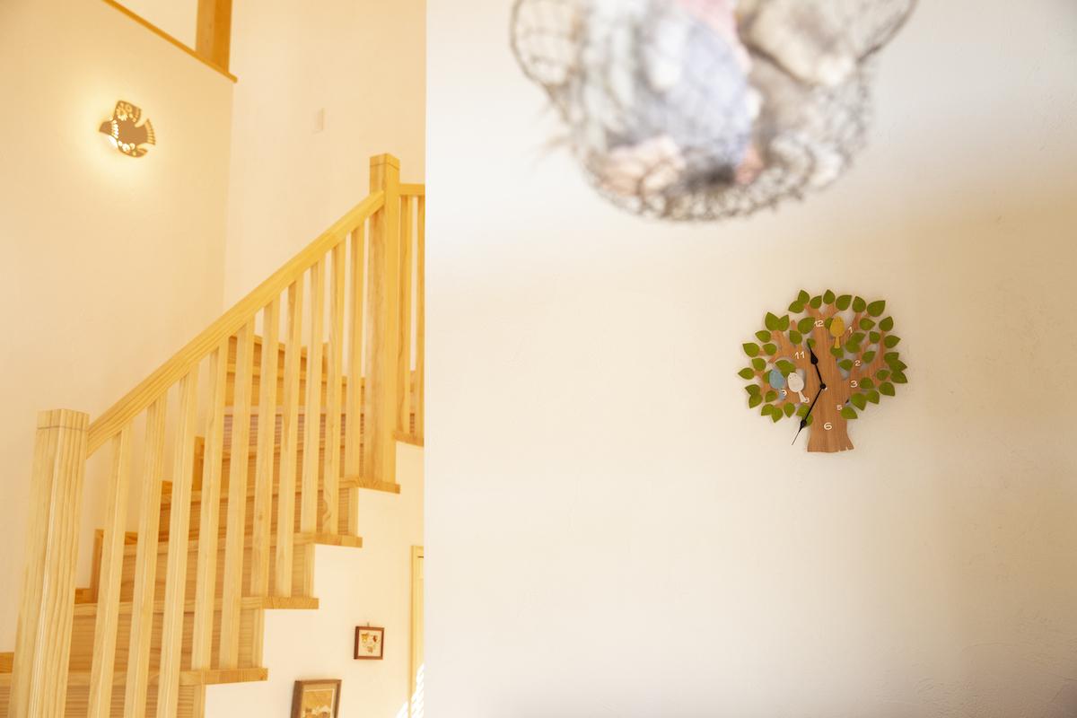 階段前のインテリア